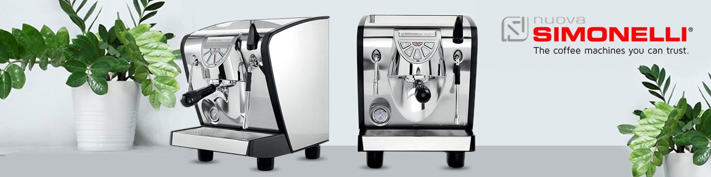 Nuova Simonelli Musica machine à café professionnelle